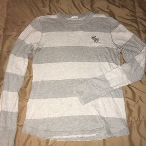 A&F Guy's Muscle fit Long Sleeve Tee size S
